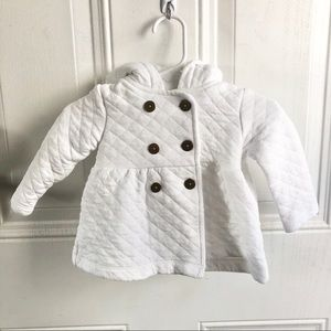White quilted infant Carter's coat/jacket. Sz 6mo